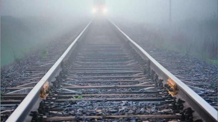 На западе Турции сошел с рельсов пассажирский поезд