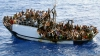 У побережья Туниса перевернулось судно с мигрантами