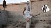 Палестинские любители паркура проводят тренировки на руинах Сектора Газа