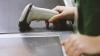 """Новая """"акция"""" в столичном супермаркете: купи окорочка, получи червей в подарок (ФОТО)"""