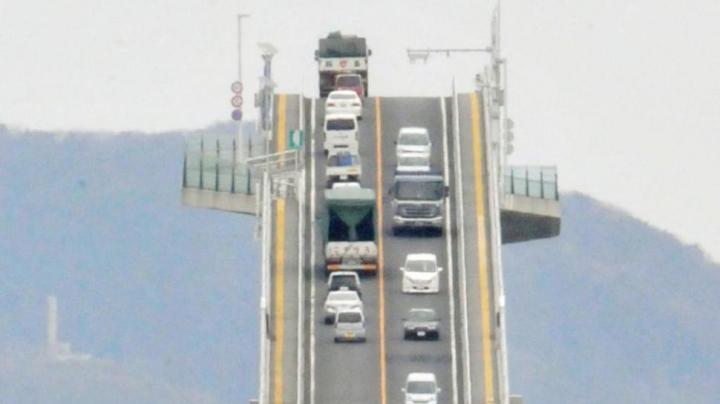 Японский мост признан одним из самых высоких с резким подъёмом и спуском