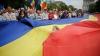 """300-метровый флаг развернут на Пруте в память об акции """"Мост цветов"""""""