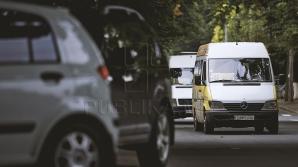 Водитель столичной маршрутки проехался по встречной полосе (ВИДЕО)