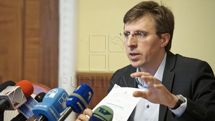 Местные выборы 2015: Дорин Киртоакэ переизбран на третий срок (обработано 100% бюллетеней)