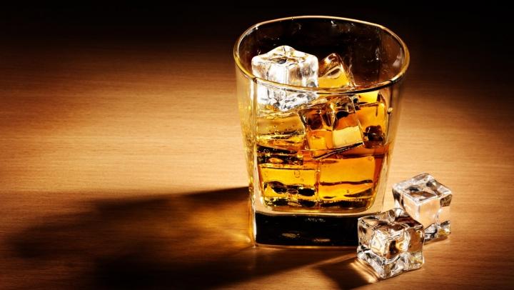 Старейший житель Великобритании назвал виски секретом своего долголетия