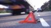 Двух молодых людей на скутере на полной скорости сбил автомобиль (ВИДЕО)
