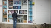 Исследование: большинство курильщиков в Молдове впервые затянулись сигаретой в школьном возрасте