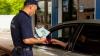 Украинец пытался въехать в Молдову на машине по фальшивым документам