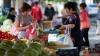 Столпотворение на рынках: молдавские хозяйки взялись за закрутки