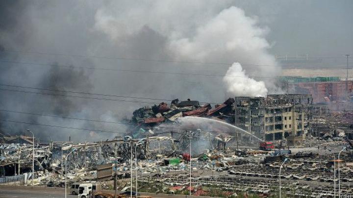 Около 70 человек числятся пропавшими без вести в результате взрывов в Тяньцзине