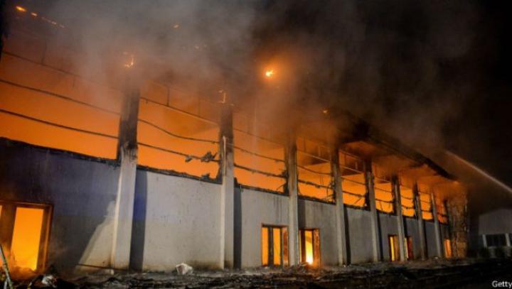 В Германии подожгли здание, в котором планировали разместить беженцев