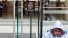 Австралийка отправила робота стоять в очереди за iPhone 6s