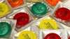 Участники съезда британских профсоюзов расхватали бесплатные презервативы