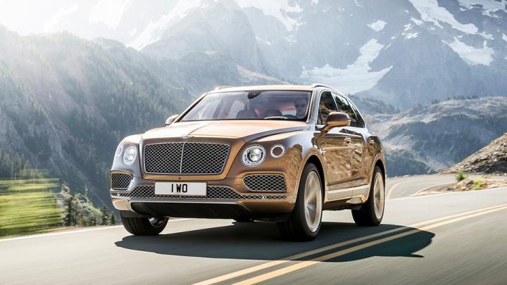 Bentley официально представила свой первый серийный внедорожник