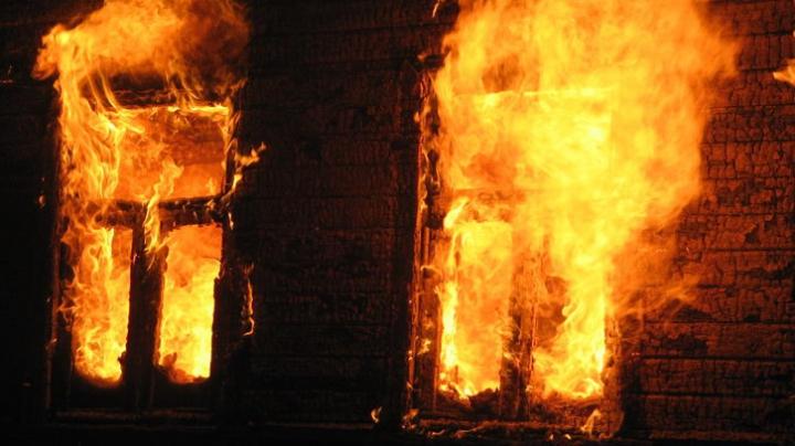 Шестиклассница вытащила из огня четырех детей