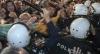 В столице Черногории демонстрация переросла в столкновения с полицией
