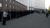 Сотни полицейских обеспечивают общественный порядок на столичном митинге