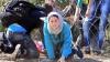 Тысяча беженцев штурмовала заграждения на границе Словении и Австрии