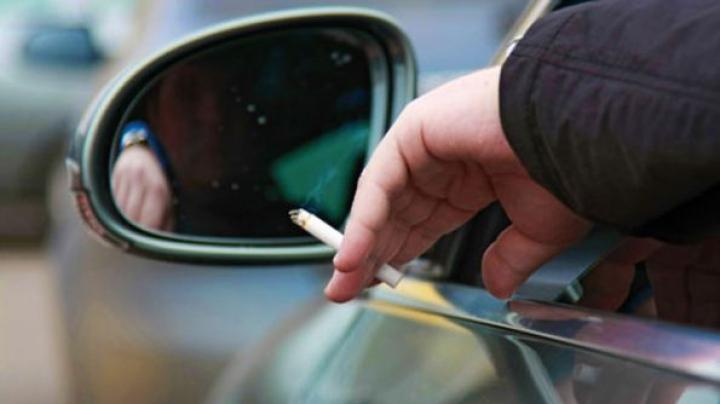 В Англии запретили курение в автомобилях с детьми