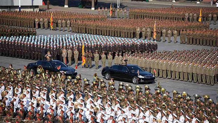 Грандиозный военный парад в Северной Корее (ФОТОРЕПОРТАЖ)