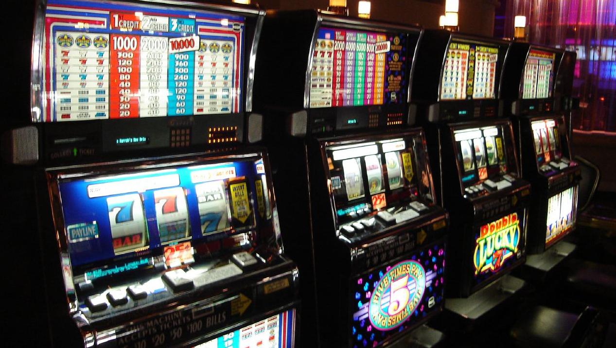 Азартные игры игровые автоматы легальные crazy chameleons игровые автоматы на деньги