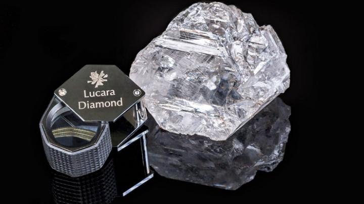 Гигантский алмаз весом 1111 каратов нашли в Ботсване