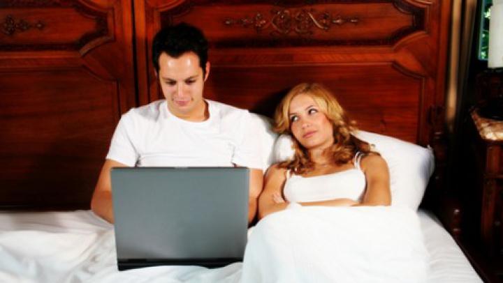 Гаджеты негативно влияют на качество сексуальной жизни