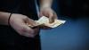 Расходы граждан Молдовы превышают доходы: на что уходят деньги