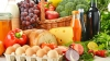 На столичных рынках многолюдно: почем продукты для рождественских блюд
