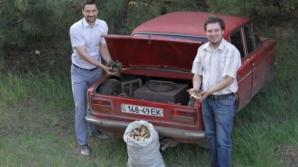 Дрова вместо горючего используют шесть украинских автомобилистов используют