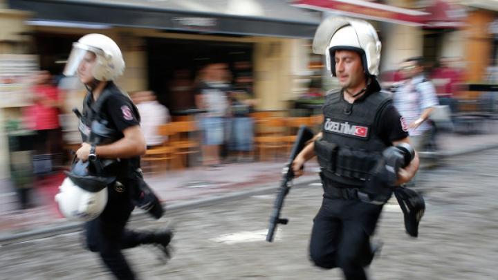 Турецкий полицейский был застрелен во время обезвреживания бомбы