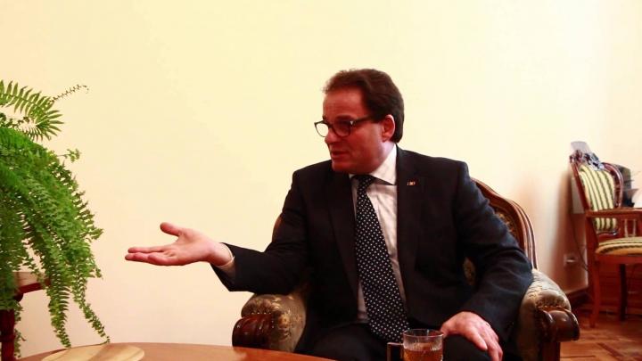 Политические аналитики о выборе Пэдурару кандидатом: Достойное сожаления решение