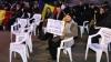 Молдавские унионисты устроили протест на стульях у Котроческого дворца