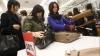 Жители Китая скупили в прошлом году почти половину товаров класса люкс
