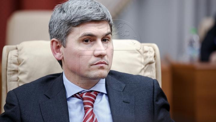 Демократ Александр Жиздан может лишиться части своей собственности