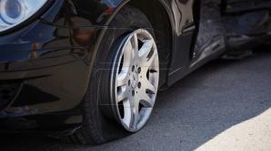 В Тирасполе мужчина угнал автомобиль и врезался на нем в металлический бак