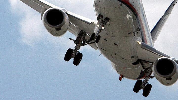 """У пассажирского """"Боинга"""" отказал двигатель при вылете из Санкт-Петербурга"""