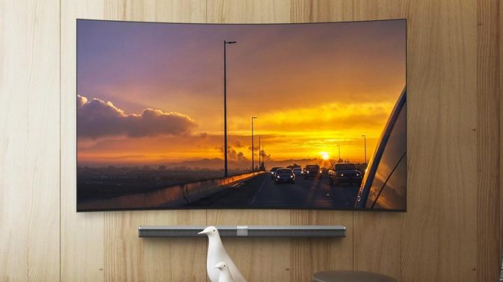 Xiaomi представила телевизор тоньше iPhone 6s