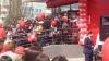 """Зомби-апокалипсис"" при открытии магазина в Бельцах (ФОТО, ВИДЕО)"