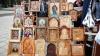 Заключенные молдавских тюрем представили свои иконы и распятия на столичной ярмарке (ФОТОРЕПОРТАЖ)