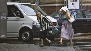 Проливные дожди, не успев начаться, затопили половину столицы (ФОТО, ВИДЕО)