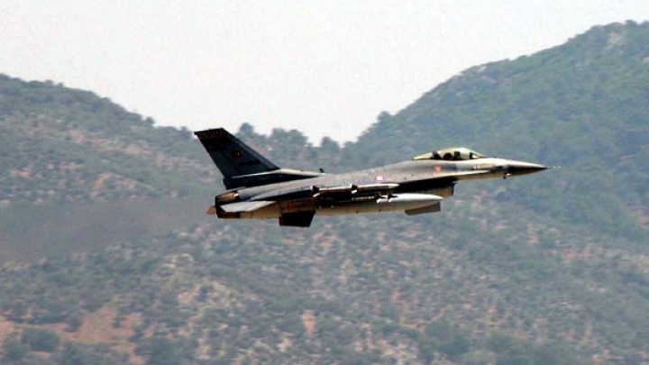 Над греческими островами вновь замечены турецкие военные самолеты