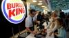 """Москвичка обвинила """"Бургер Кинг"""" в навязывании религии путем рекламы постного меню"""
