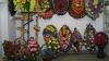 Многодетная семья из Теленештского района зарабатывает на жизнь похоронными венками