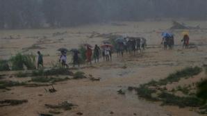 Оползни уничтожили три деревни на Шри-Ланке