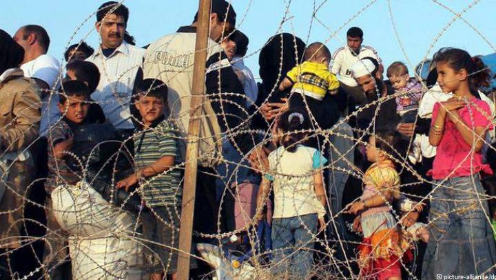 Еврокомиссия предложила странам ЕС платить за отказ пускать беженцев