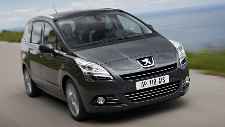 Минивэн Peugeot 5008 станет кроссовером