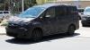 Nissan вывел на тесты минивэн Serena нового поколения (ФОТО)