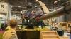 Пацифисты облили краской танк на выставке вооружений в Париже (ВИДЕО)
