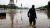 Уровень воды в Сене пошел на спад
